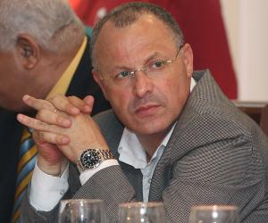الأهلي يدعو أبو ريدة لحضور مبارة مونانا الجابوني