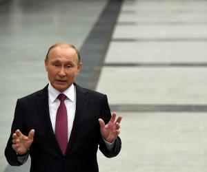 بوتين يحدد المهام الرئيسية للسنوات المقبلة خلال اجتماعه مع الحكومة