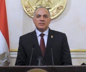 وزير الري: المية بتقطع عندنا في البيت باليومين والتلاتة وبخزن في جركن