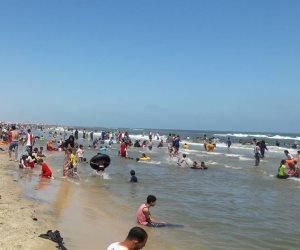 حملة «صيف آمن من ضربات الشمس» للهلال الأحمر بمصيف بلطيم