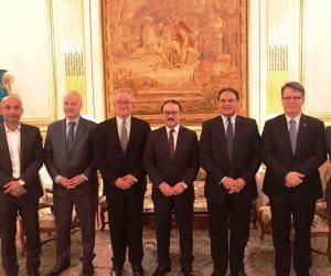 وزير الاتصالات يزور مقر «اورنج» في باريس (صور)