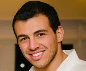 ساخرا من لجان الإخوان الإلكترونية.. رامي رضوان: «أنتم أفلستوا خااااالص يا حرام»