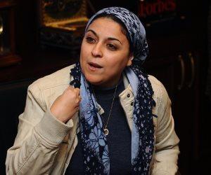 الوجه القبيح  لإسراء  عبد الفتاح تهاجم مصر من  قنوات ممولة من قطر ..   وتسخر من إحالتها للنيابة وتصفه بالقلش (فيديو)