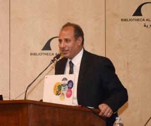 محافظ الإسكندرية يناقش الاستعدادات النهائية لتنظيم توريد الأقماح للشون والمطاحن