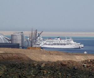 وصول وسفر 1441 راكبا بموانئ البحر الأحمر وتداول 237 شاحنة