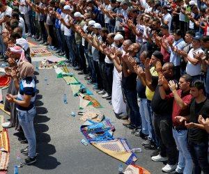 مقتل إمام مسجد أثناء أداء صلاة الجمعة على يد عاطل في الهرم
