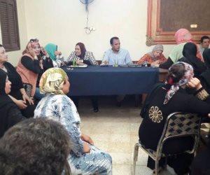 محافظ سوهاج يؤكد على أهمية دور المرأة لنشر الوعي بين السيدات بالقرى
