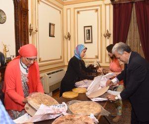 جابر نصار يودع رئاسة جامعة القاهرة بـ «فطير مشلتت وعسل» (صور)