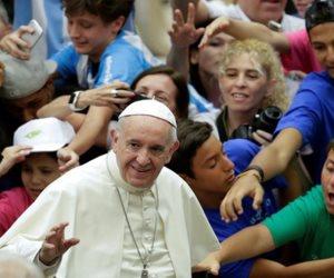 """""""ملصق السيارة المفخخة"""".. جماعة مؤيدة لداعش تتوعد الفاتيكان في الكريسماس"""
