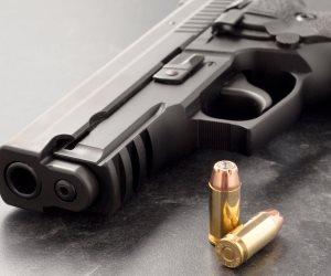 سلاح مششخن أو لا.. متى يُعاقب المتهم بحيازة سلاح ناري بشهادة الشهود فقط؟