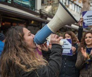 مظاهرة للدفاع عن حقوق المرأة في أنقره