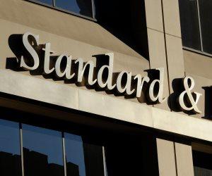 ستاندرد آند بورز تخفض تصنيف الصين بسبب مخاطر النمو السريع للائتمان