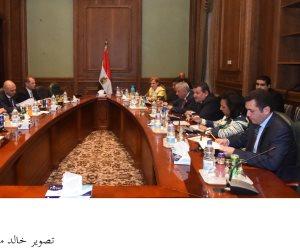 أسامة هيكل يستقبل القائم بأعمال السفير الأمريكي بالقاهرة
