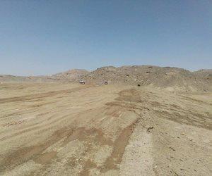 تعليمات بمراجعة عملية حماية وادي عبادي من السيول بأسوان