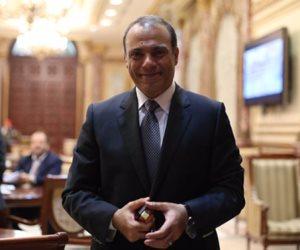 """رفع شعار مصلحتى أولاً.. تامر الشهاوى اختار أن يكون نجم """"توك شو"""" وسوشيال ميديا على حساب ناخبيه"""