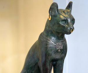 في اليوم العالمي للقطط.. المتحف البريطاني يحتفل بـ«باستت» الفرعونية (صور)
