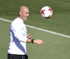 رحيل زيدان يعطل استعدادات ريال مدريد للموسم الجديد