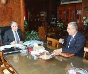 وزير الري يستعرض المشروعات التي تم تنفيذها في محافظة الشرقية