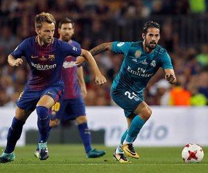 التشكيل الرسمي لمباراة برشلونة وريال بيتيس بالدوري الإسباني