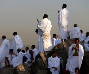 حجاج بيت الله الحرام يستقرون بمشعر منى لأداء صلاة العيد