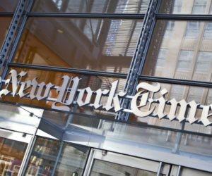 """رواية """"نوعان للحقيقة"""" تتصدر قائمة نيويورك تايمز"""