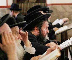 كيف استغلت الصفحات «المشبوهة» صور حاخامات اليهود في البساتين؟