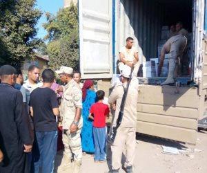 القوات المسلحة توزع كرتونة الأغذية المخفضة للمواطنين بقرى شبين القناطر