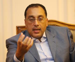 مصدر بمجلس الوزراء: قرار بدء حظر التجوال من الثامنة مساء يبدأ تطبيقه غدا الخميس