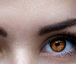 لون عينيك ايه ؟ ... 5 نصائح لاختيار لون ظلال العيون المناسب