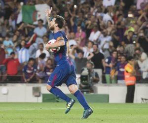 بعد تسجيل هدفه الـ50.. شاهد أجمل أهداف ميسى مع برشلونة من كرات ثابتة