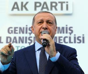 ديكتاتورية أردوغان مستمرة.. تركيا تعتقل 50 عسكريا على علاقة بجولن