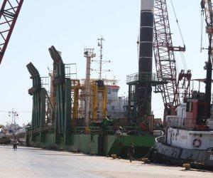 توقف حركة الصيد بكفر الشيخ بسبب سوء الطقس.. ورسو 400 مركب بميناء البرلس