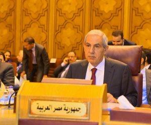 """""""المصريون بالخارج"""".. كلمة السر لدعم الاقتصاد.. والتنمية الصناعية تخصص شباكا واحدا لخدمتهم"""