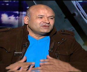 وصول علاء حسانين للنيابة لاستكمال التحقيق معه في اتهامه بالنصب