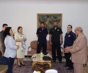 بالصور .. السفارة المصرية بالبحرين تحتفل بمنتخب شباب الطائرة