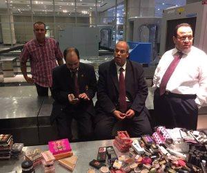 سلطات المطار تضبط 17 كيلو مشغولات فضية مع موظف بشركة طيران
