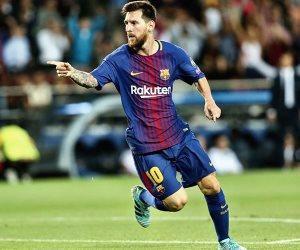 """البارسا يسعى للتويج أمام ليفانتي... وخسارة اتليتكو مدريد تمنح """"ميسي"""" ورفاقه اللقب مبكرا"""
