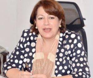 مستشار ملك البحرين يبحث مع سفيرة مصر بالمنامة العلاقات الثنائية بين البلدين
