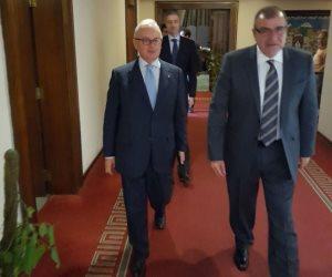 السفير الإيطالي يصل مكتبه بوزارة الخارجية المصرية (صور)