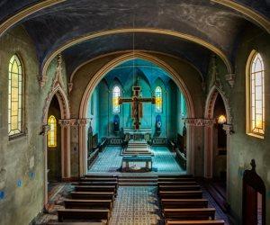 10 آلاف كنيسة تغلق أبوابها أمام المصلين (صور)