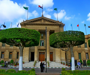 جامعة القاهرة تنتهي من وضع جداول الفصل الدراسي الثاني