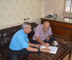 رئيس مدينة المحلة يتسلم أرض توسعية مصنع تدوير القمامة من الأوقاف