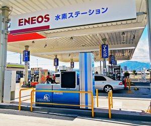 في النرويج وهونج كونج بـ 2 دولار... دول تبيع البنزين بثلاث أضعاف السعر في مصر