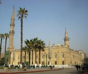 """ماذا قالت """"الأوقاف"""" عن غلق مسجد الحسين وإحالة العاملين للتحقيق؟"""