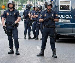 """الشرطة الإسبانية: القبض على شخص بتهمة تجنيد متطرفين لـ""""داعش"""" بـ سبتة"""