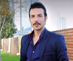 باسل خياط ينتهز تواجده في الجونة للإستقرار عمله الجديد