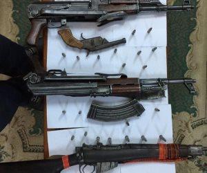 ضبط 5 قطع سلاح آلي خلال حملات أمنية على عدد من مراكز محافظة قنا