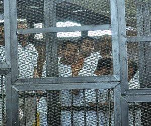 بالأسماء.. المشدد 15 عاما و السجن 5 سنوات لـ26 متهما في «إعلام الإخوان»