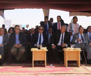 """وزير الشباب والرياضة يشهد سباق الهجن فى احتفالات """"الوادى الجديد"""" بالعيد القومي"""