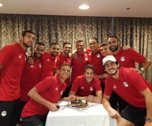 تريزيجيه يشكر زملاؤه فى المنتخب على الاحتفال بعيد ميلاده